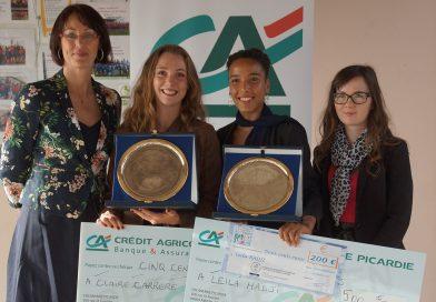 Trophée de l'espoir à la maison des sports pour Leila HADJI et Claire CARRERE